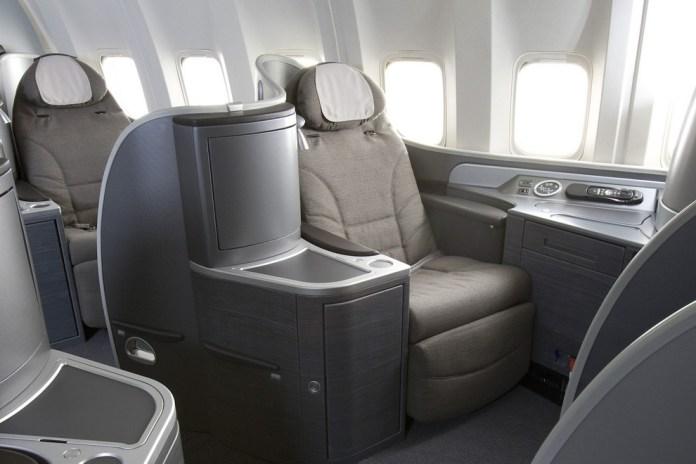 asiento lie flat en primera clase