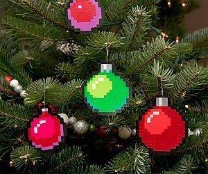 Feste e Anniversari Gadget  8-BitPixelatedTreeOrnaments-Regalo Ornamenti natalizi pixel 8 bit
