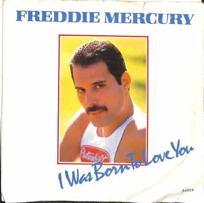 Gadget Oggetti Fantastici Regali per Donna Regali per uomo  freddie-300x298 Freddie Mercury, I was born to love you - disco d' oro commemorativo