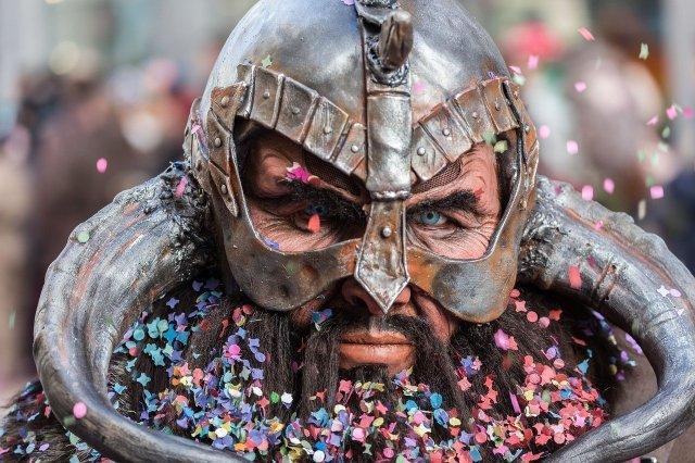Feste e Anniversari Guide Regali per uomo  costumecarnevaleuomo-1024x682 Top 10 Costumi di Carnevale da uomo