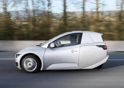 Solo auto elettrica su tre ruote