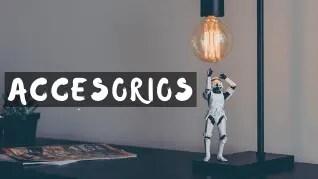Accesorios de Star Wars como lámpara Star Wars o despertador de la guerra de las galaxias. regalomolon.es