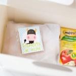 Caja de jugo, sanduche envuelto, panelita y papas