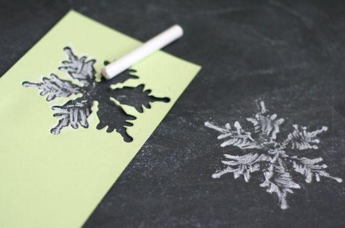 manualidades de Navidad copos de papel para decorar fiestas 6