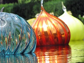Chihuly Floating Balls