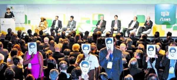 """Snowden """"presente"""" en discurso de Dilma en Brasil"""