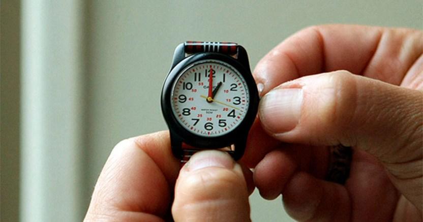 Domingo 30 concluye el Horario de Verano invierno reloj - Usuarios de las redes sociales piden a AMLO quitar el Horario de Verano