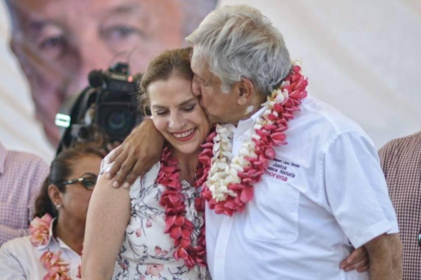AMLO y Beatriz Gutiérrez Müller - Beatriz Gutiérrez presentará libro en la FILPM