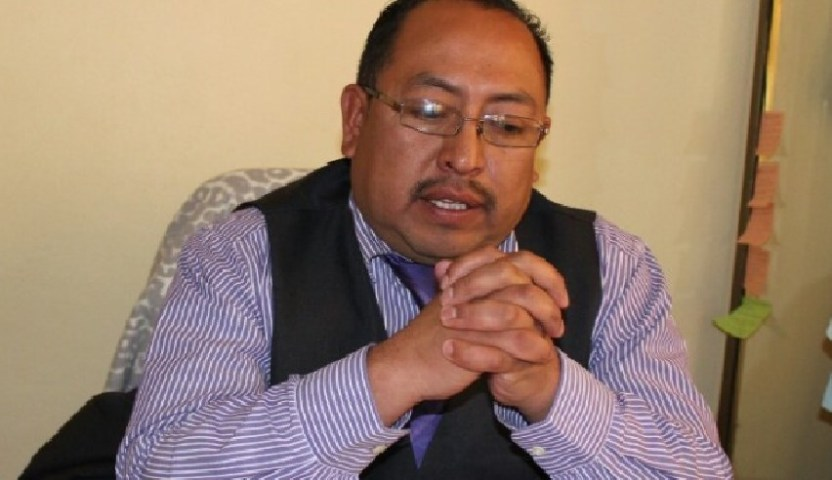 55 - Tras infidelidad, su propia familia acusa de trata al alcalde de Zitlaltepec