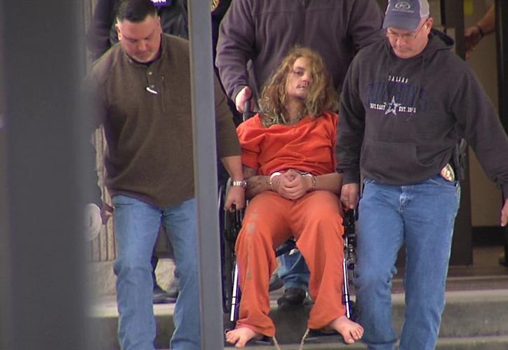 asesino hija - Mata a martillazos a su hija de dos años