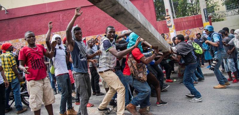 haiti 2  - Tensión en Haití tras semana de violentas protestas