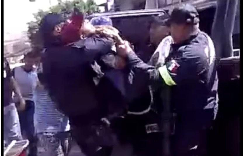 screenshot.5082 - Autoridades detienen a menor de edad con violencia en Ecatepec (Video)