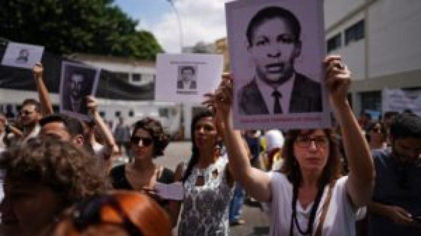 con permiso bolsonaro celebra golpe de estado 300x169 - Con permiso judicial, Bolsonaro celebrará golpe militar de 1964