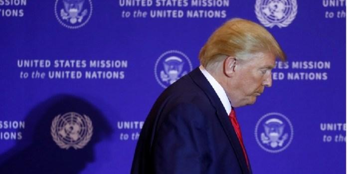 EU, piden destitución de Trump