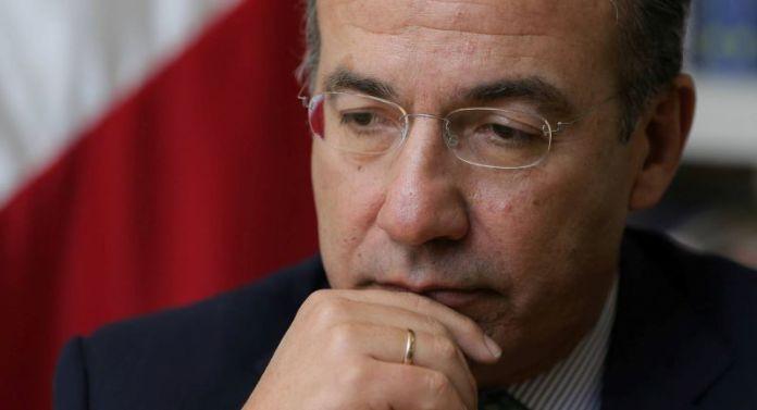 AMLO: Corresponde a ciudadanos pedir consulta para enjuiciar a Calderón