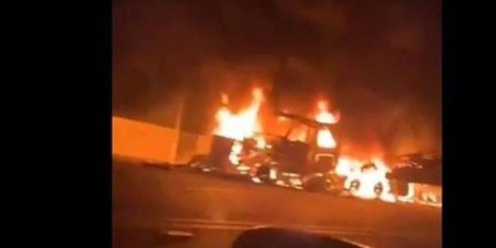 enfrentamientos sonora  - Se enfrentan grupos criminales en Sonora, incendian gasolinera, viviendas y autos