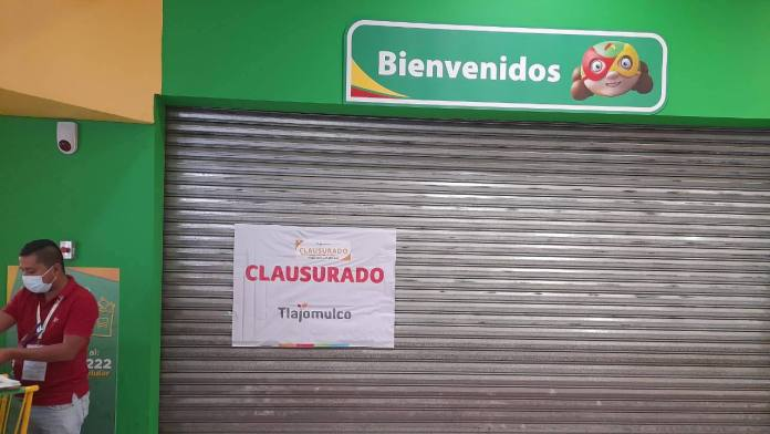 EsEAgWBXMAklCmS - Aurrera obliga a trabajadores con Covid-19 a trabajar en Jalisco