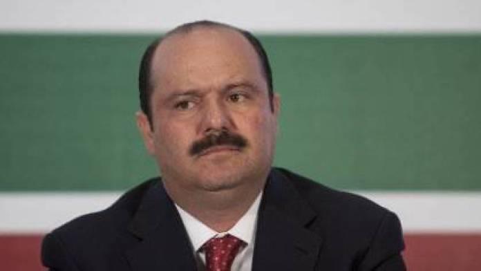 Jueces rechazan pruebas de César Duarte y su esposa para evitar aprehensión