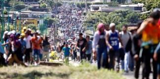Guatemala confirma brote de Covid en caravana migrante