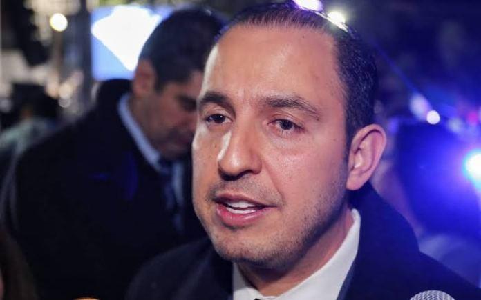 """images 88 - Marko Cortés critica a AMLO por """"relajarse"""" y hacer deporte"""