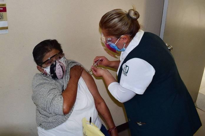 Vacunarán con Sputnik V a adultos mayores en Iztacalco Tláhuac y Xochimilco