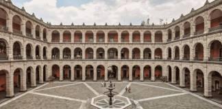 AMLO reactiva el cargo de Gobernador de Palacio Nacional