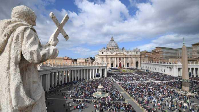 Vaticano despedirá a trabajadores que no se vacunen contra la Covid-19