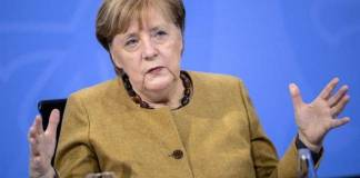 Merkel promete que toda Alemania estará vacunada para septiembre