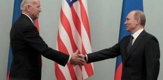 Putin invita a Biden a un debate público