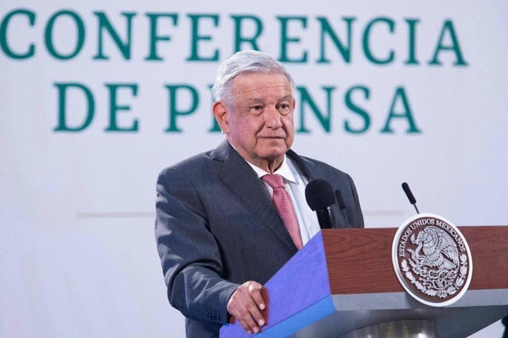 Gobierno de Silvano Aureoles sí financia Latinus: AMLO