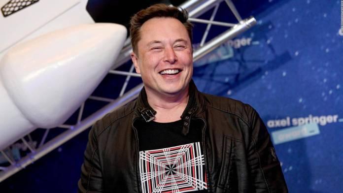 Elon Musk y la NASA buscarán agua en la luna