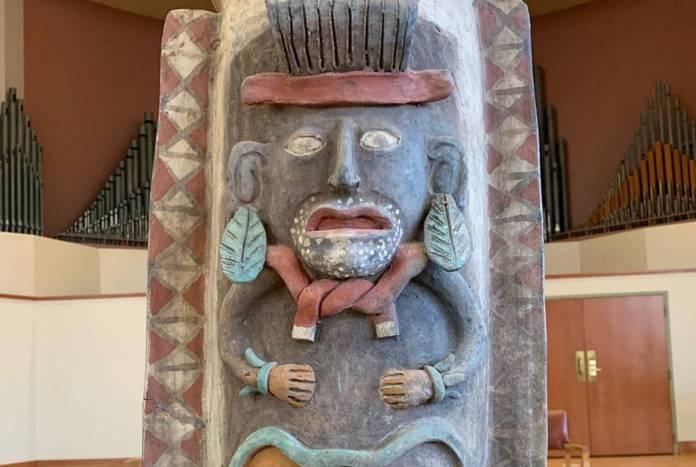 EU regresa a México urna maya elaborada entre el 900 y mil 600 d.C