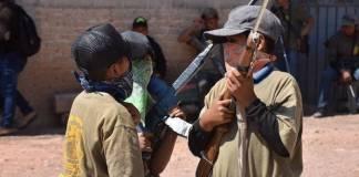 Niños se integran a las autodefensas en Ayahualtempa, Guerrero