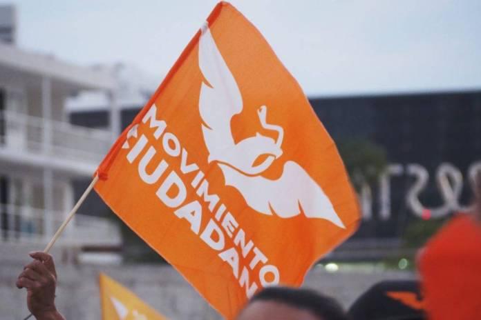 210504OMmovciud05 1000x667 1 - Gobierno de Guadalajara entrega tinacos y calentadores a días de las elecciones