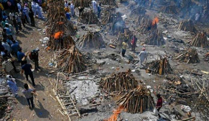 India reporta 3,689 fallecimientos por Covid-19 en 24 horas