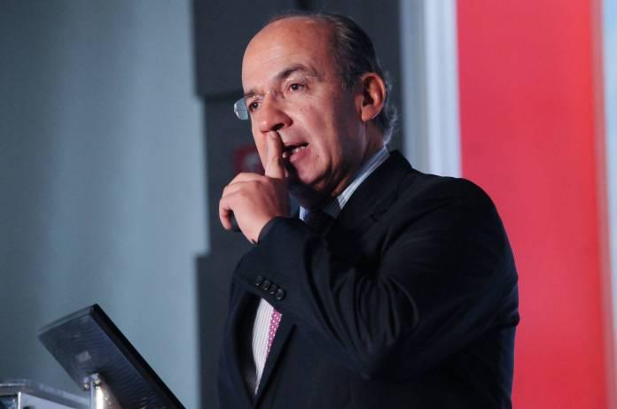 Tunden a Calderón por compartir análisis del narco durante mandato de AMLO