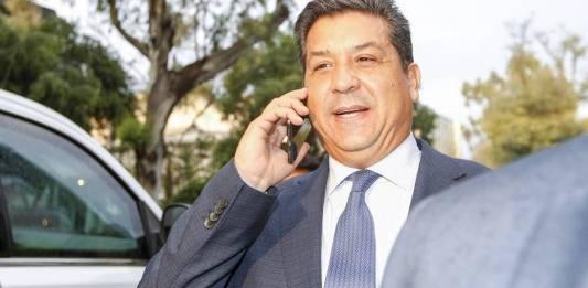 Santiago Nieto ordena a la UIF congelar cuentas de Cabeza de Vaca