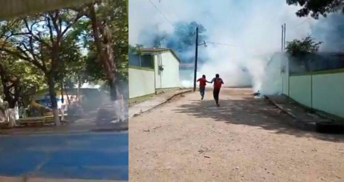 Chocan policías y normalistas en Chiapas