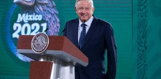 AMLO celebra que Morena-PT-PVEM ganaron mayoría en la Cámara