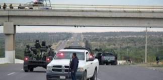Localizan colgados tres cuerpos en puente vehicular de Zacatecas, fiscalía investiga