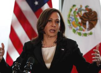 Kamala Harris pidió a México y Guatemala respetar a la prensa y ONG's