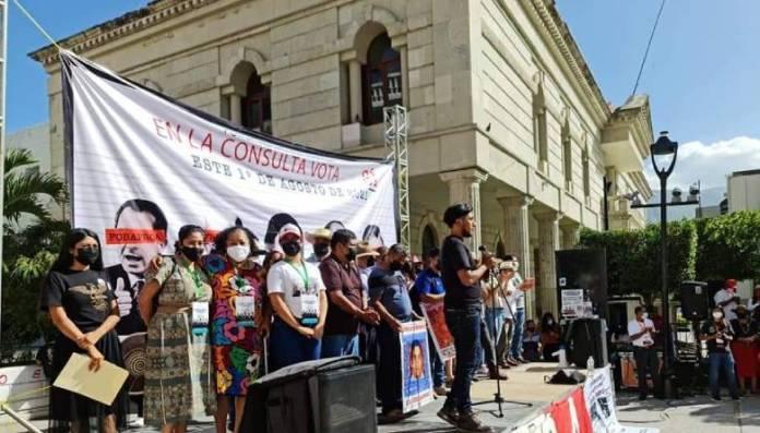 Padres de los 43 promueven consulta, quieren que EPN sea juzgado ante la ley