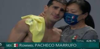 Rommel Pacheco dice adiós a los clavados entre lágrimas y sin medalla