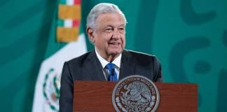 Pueden denunciar a expresidentes e instituciones deben investigar: AMLO