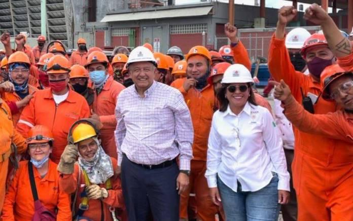 AMLO supervisa avances de la refinería de Cadereyta