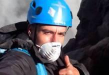 Hombre sube al cráter del Popocatépetl para gritar su amor a Dios