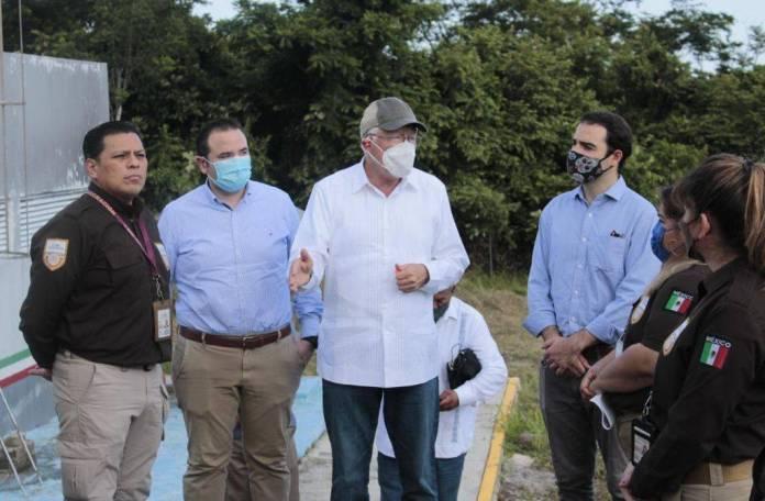 Embajador de EU visitó la frontera entre Tabasco y Guatemala