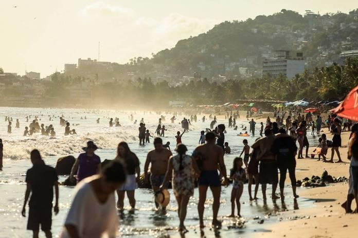 Huracanes y tercera ola de Covid-19 afectarán al turismo