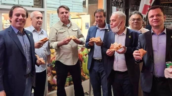 Restaurantes de NY prohíben entrada a Bolsonaro por no vacunarse contra Covid
