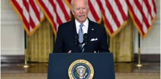 """Biden pidió a Ghani """"cambiar la percepción"""" sobre el avance de los talibanes en Afganistán"""